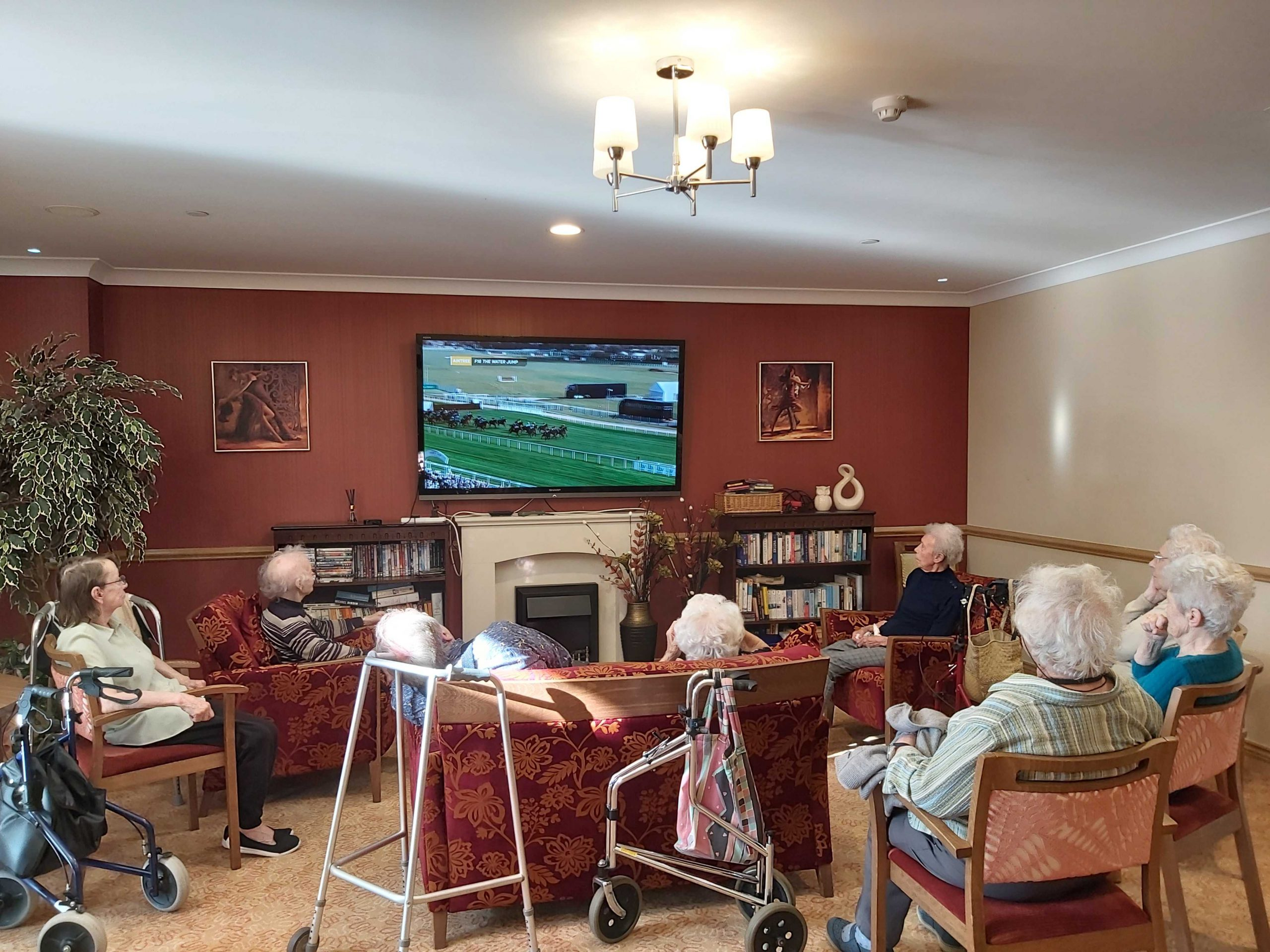 Virtual races Foxholes care home